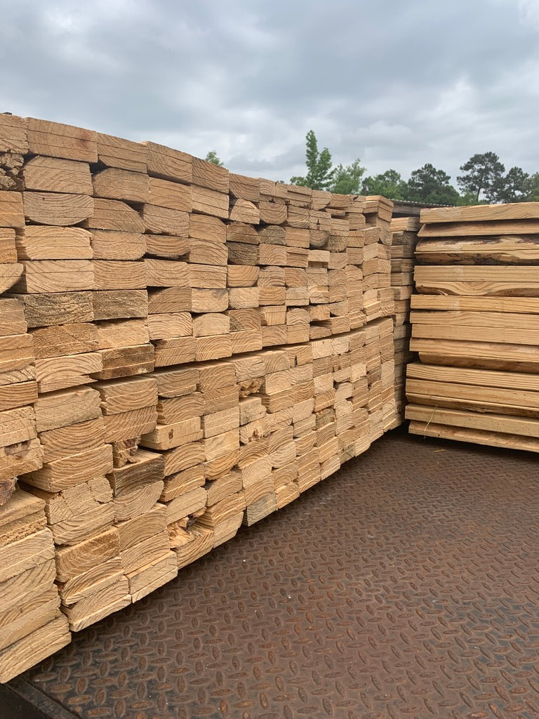wholesale lumber suppliers like The Pallet Guys help businesses with their lumber needs